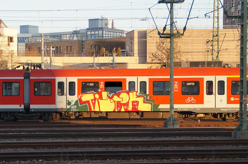 STGT-00892