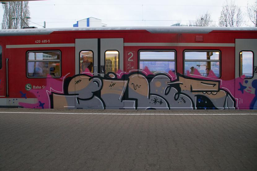 STGT-01302